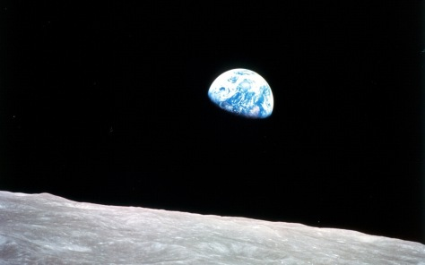 Earthrise-as-seen-from-Apollo-8